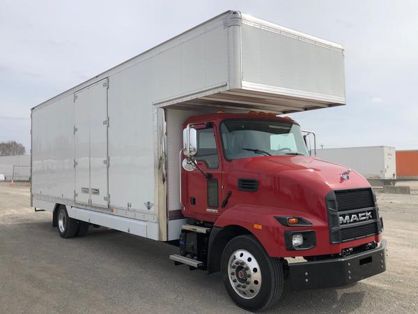 2022 Mack MD6 with A/R and white cab<br>
