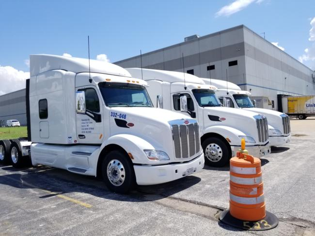 (1) 2019 Peterbilt 579 Tandem Sleepers Low Miles - Full Factory Warranty Till 500,000 - 5 Year In Service Date. (July And November 2023) Miles Are From  378K -- Full Factory Warranty Same As A Brand New Truck - OEM Warrenty!  Cummins 450 Horse Power 10 Speeds Manual Transmissions,  Air Ride Suspension,  Clean One Driver Trucks,  Thermo King