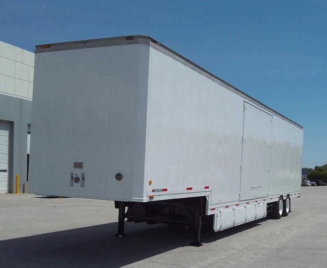 Kentucky-51'-Moving-Van,-3-4