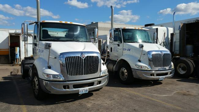 International-,-Navistar-8600-Single