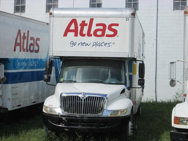 2003-International-Moving-Van 26-Ft
